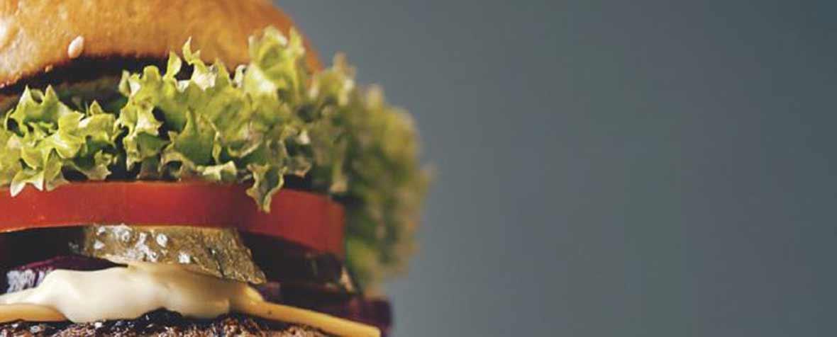 IMCDジャパン合同会社の原料植物プロテイン(エンドウ豆、コメ由来)、商品名PURETASTE チャンクプロテイン